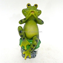 Customize attractive animal garden decoration resin frog statue