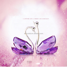 Hot sale lovely wedding thank you gifts for guests various kinds crystal swans