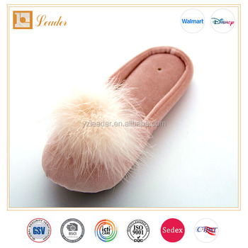 New Style Quiet Women Indoor Slipppers with faux fur pom pom