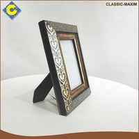 Wholesale elegant flower decorate latest design of picture photo frame