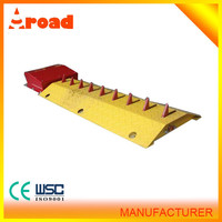 one way metal speed hump / rubber speed hump / road safety steel barrier