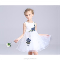 New Fashion Beautiful Girls White Embroidered Children Wedding Dress