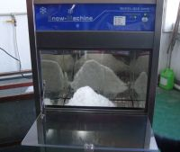 Clean Snow Ice Machine