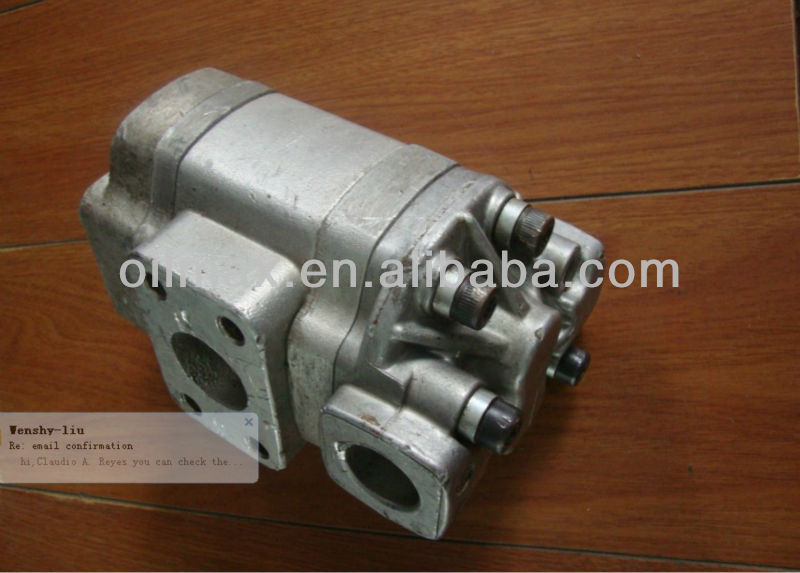 VOLVO L90 Charge pump