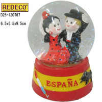 Resin custom made snow globe for souvenirs gifts and decorations