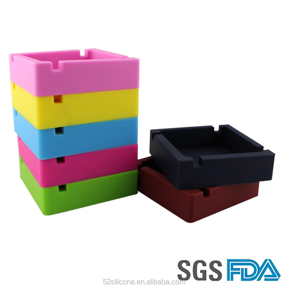 China Factory Wholesale Cheap Portable beach ashtray Silicone Ashtray