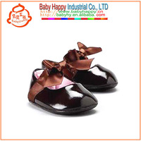 picture of kid girl soft baby shoes