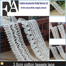 guangzhou wholesale decorative 100% cotton off white garments tassels fringe trim