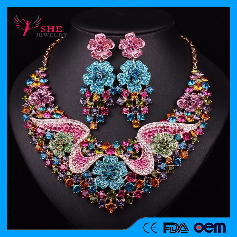 Multicoloured Flower Shape Gold Plated Chain Statement Necklace With Pine Cone Shape Earrings Set