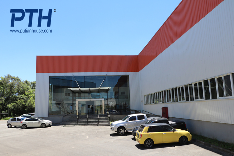 China high quality large span steel structure factory warehouse building