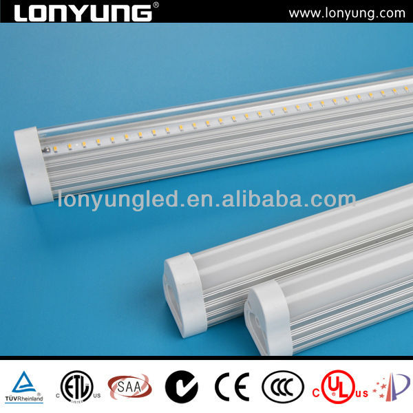 T5 superior quality tube 50000 hours lifespan SMD 3014 28w t5 fluorescent lamp fixture