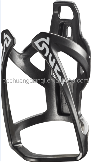 High quality Road Bicycle Carbon fiber Water bottle cages In stock