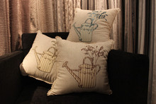 2014 newest design applique work cushion cover made in china