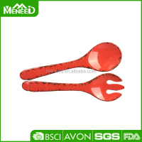 Fashion kitchen gadgets melamine serving utensils crack design red plastic dessert forks and spoons