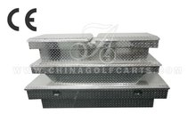Crossover aluminum tool box for trucks with single lid and diamond plate