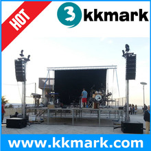 Support aluminum truss system for LED screen stage event
