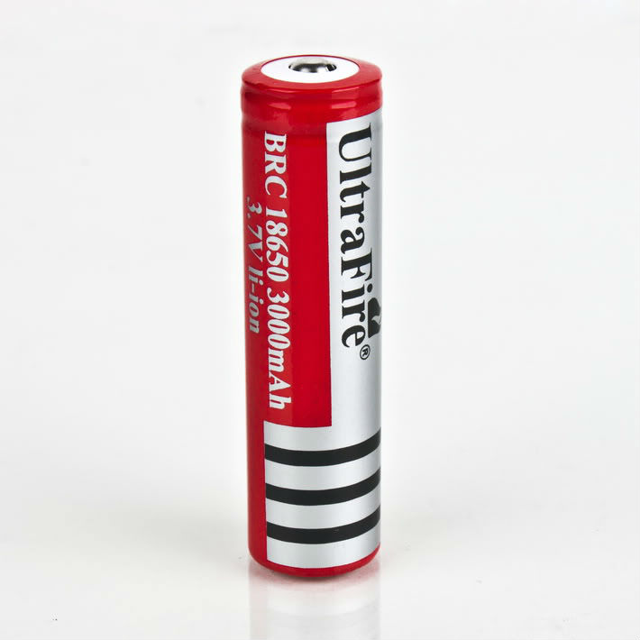 18650 Rechargeable 3.7V Battery 3000mAh With Red Color Brand New