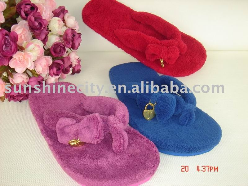 2010 NEW LADIES INDOOR SLIPPERS