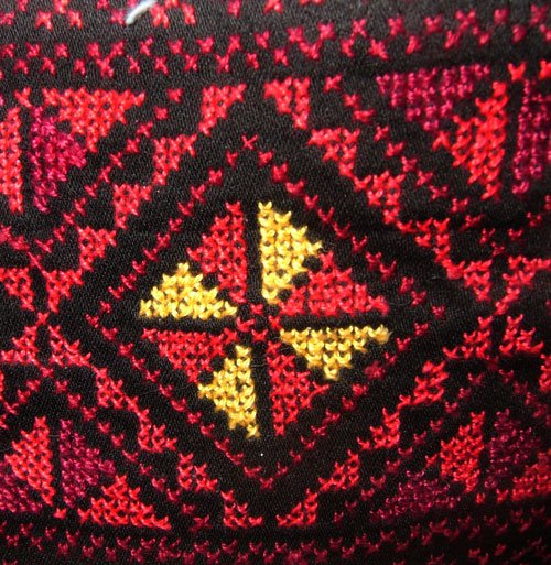 embroidered hand bag 2