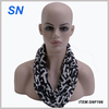 latest new 2017 winter fashion black and white loop scarf