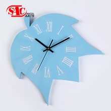 Different Shape Modern maple leaf Wooden Frame Wall Clock