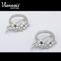 Viennois bulk rhinestone brooches and pins for dresses