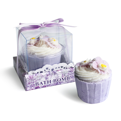 Cupcake bath bomb with essential oils for spa