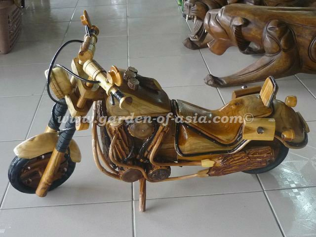 Wood chopper decor