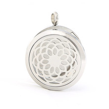 New Stainless Steel Hollowed Oil Essential Diffuser Pendant Locket