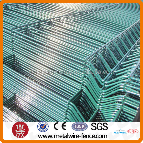 Lowest Price Galvanized Welded Wire Mesh Fence Panel (manufacturer)