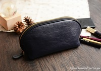 Custom Handmade Vegetable Tanned Italian Full Grain Leather Travel Cosmetic Bag Toiletry D057