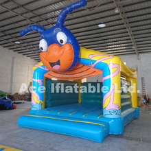 Crown Theme Inflatable jumping house Castle
