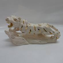 EF346 Chinese Gold painted Fashion luxury modern ceramic craft wholesale christmas decor tiger