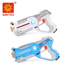 Set of 2 Blue/Red - Infrared Laser Gun Indoor and Outdoor Activity. Infrared 0.9mW