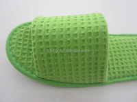 High quality Comfortable indoor disposable hotel bedroom slippers