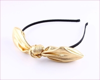 big ear winter headband in shinny metalized fabric for girl