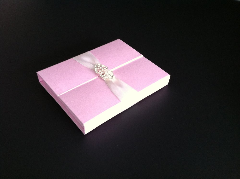wedding invitation sturdy cardboard boxes rigid gift box with crystal brooches