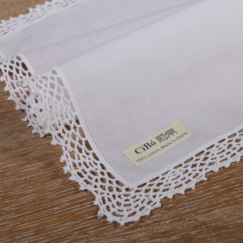 <strong>D001</strong>: White premium cotton lace handkerchiefs crochet hankies for women/ladies wedding gift