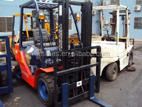 Used Toyota forklift 3ton FD30,Japan original used Toyota forklift parts 3ton,old Toyota diesel forklift 3 ton price/ for sale