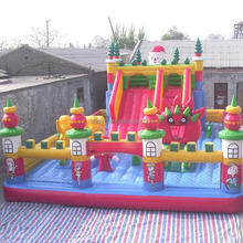 Huge inflatable bouncer house for kids and adults