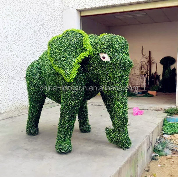 LSD1104010 made in China artificial grass animal ornamental elephant plastic animal topiary