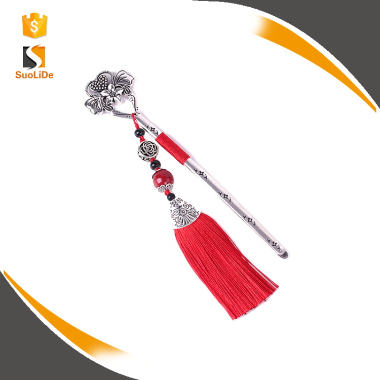 2017 new design Chinese wind metal tassel bookmark