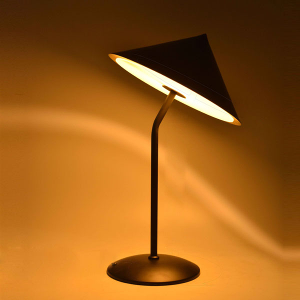 Herringbone table lamp with spire style metal shade ,hat umbrella style shade table lamp for hotel