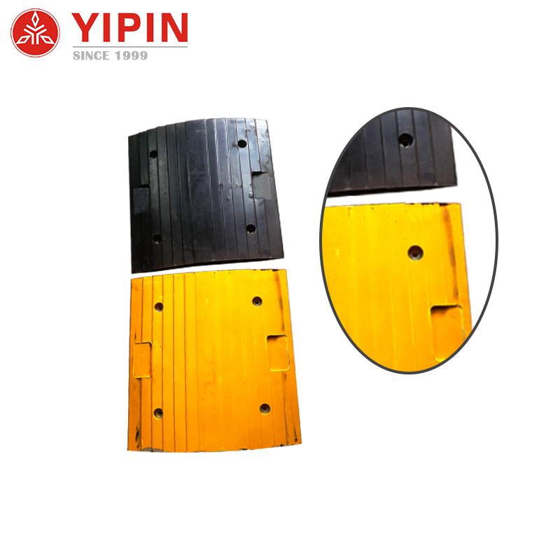 Quality assurance road plastic speed bump breaker