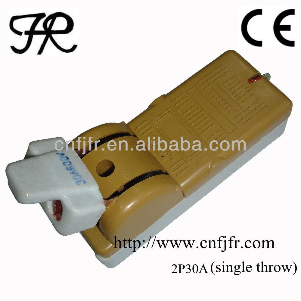 2P30A single throw porcelain disconnect knife switch