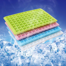 Summer Diamond Shape 96-Grid Ice Cube Tray, Random Color Delivery
