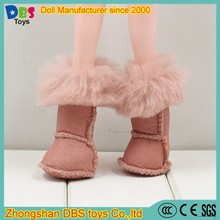 (YW-AS60101) Zhongshan DBS toys wholesale 10 inch Joint body doll shoes