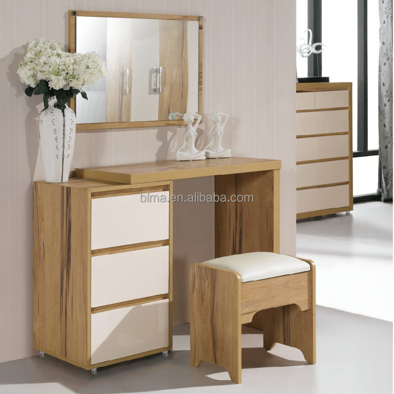 Dressing table designs for bedroom buy dressing table for Dressing table design 2014