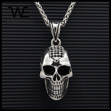 High Quality Classic Ziron Stone Skull Pendant Necklace with Cross Pattern