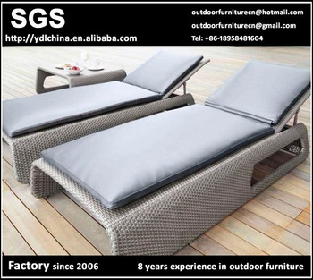 modern design high quality low cost wholesale all weather outdoor artificial rattan sun lounger